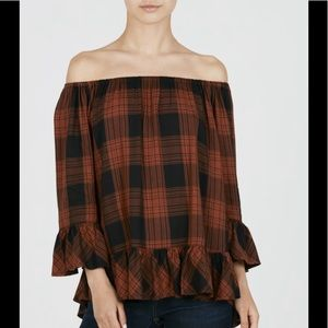 beachlunchlounge off-shoulder plaid top in rust